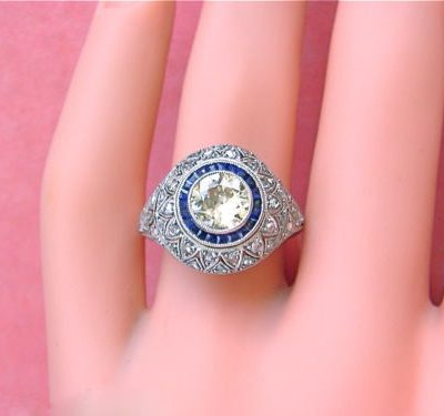 SAPPHIRE HALO DIAMOND ROUND ENGAGEMENT COCKTAIL RING