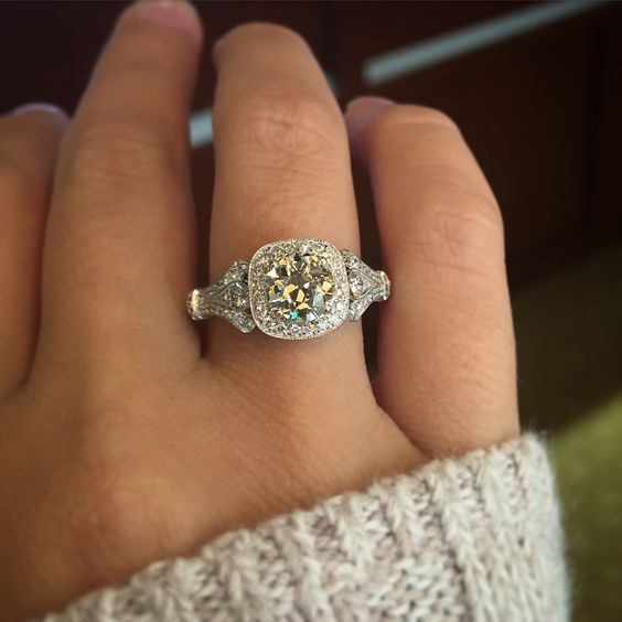 Unique Round Cut Diamond Vintage Style Engagement Ring 925 Sterling Silver