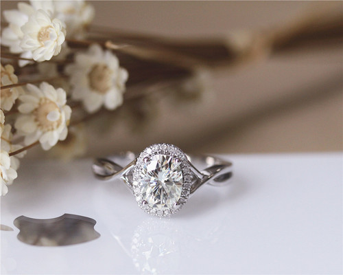 Unique Oval Cut Halo Diamond Twisted Shape Engagement & Birthday Gift Ring 925 Sterling Silver
