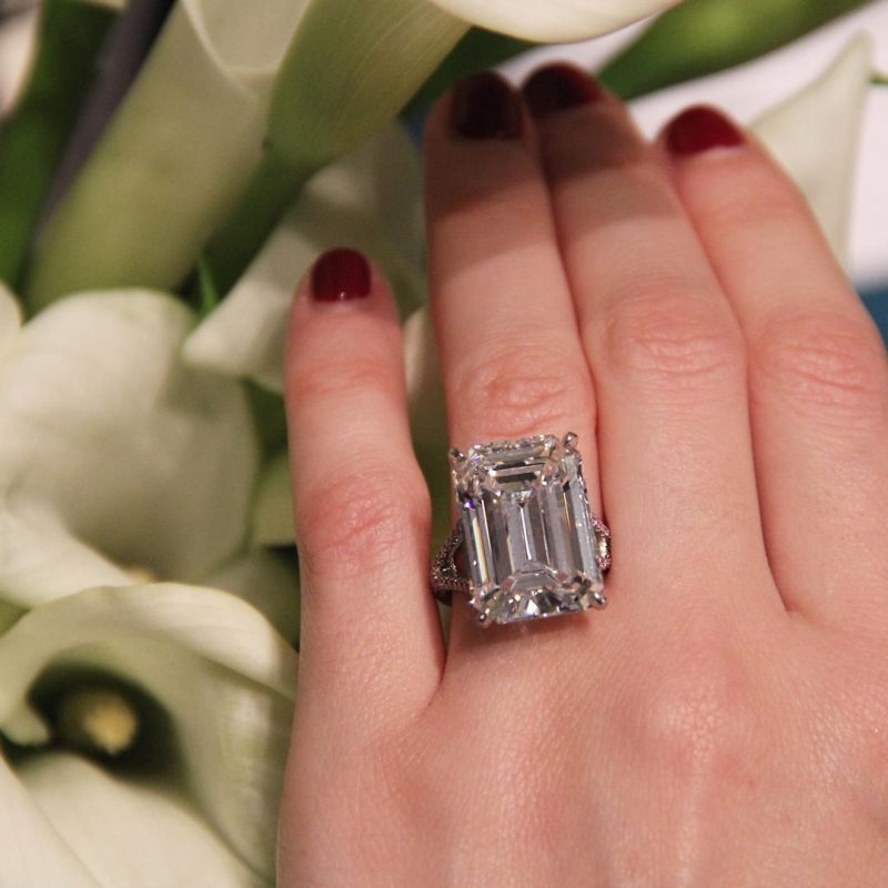 Solitaire Emerald Cut Diamond Split Shank Engagement & Promise Ring 925 sterling Silver
