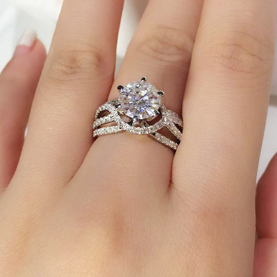 Twisted 1.50Ct Near White Moissanite Engagement Bridal Ring 925 Sterling Silver
