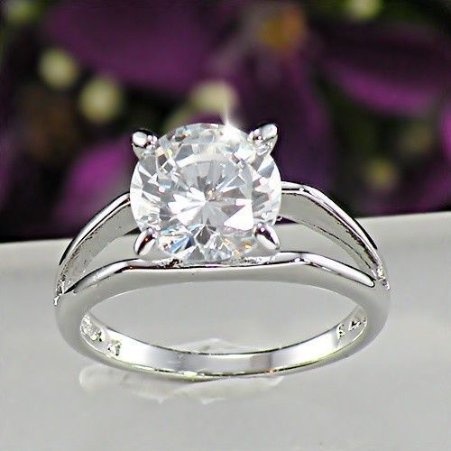 Huge 925 Sterling Silver 1.75 Ct Simulated Moissanite Engagement Ring