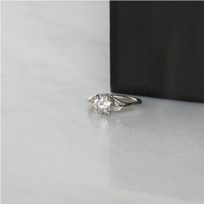 Natural Leaf Style 1.50Ct Off White Moissanite Engagement & Promise Ring 925 Sterling Silver