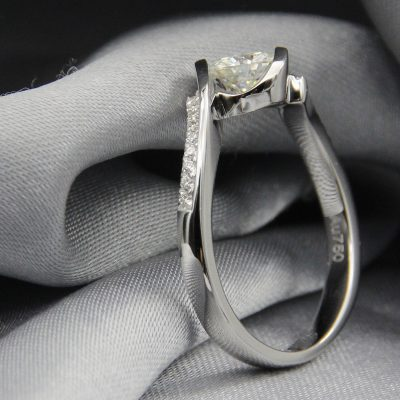 Round Cut 1Ct Moissanite 925 Sterling Silver Half Bezel Classic Engagement Ring