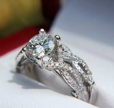 Twisted White Solitaire Moissanite 1.15Ct Pave Luxury Bridal Wedding Ring Band Set 925 Silver