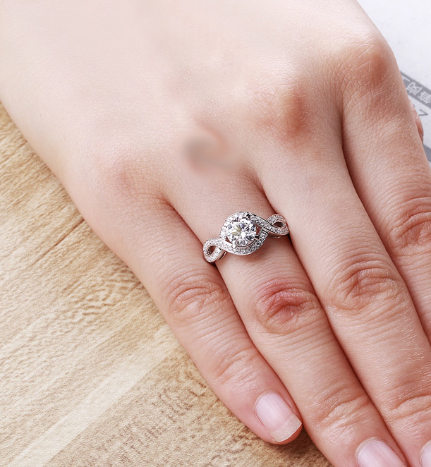 Infinity Round Moissanite 1.10Ct Unique Engagement Wedding Ring 925 Sterling Silver