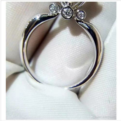 Solitaire 1.48Ct Near White Moissanite Engagement Promise Ring 925 Sterling Silver