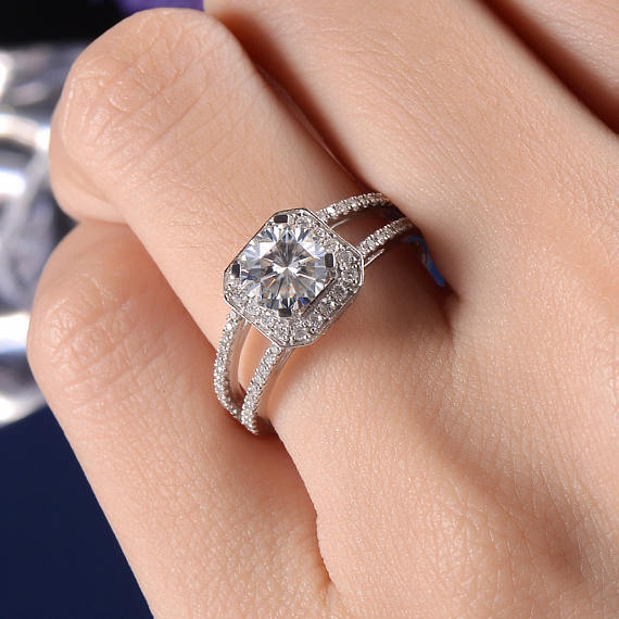 1.50Ct Round Moissanite Asscher Shape Halo Engagement Ring 925 Sterling Silver