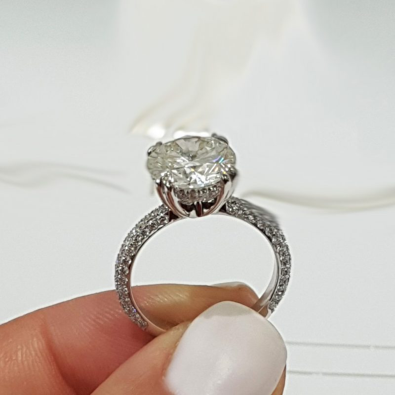 Brilliant 1.40Ct Near White Moissanite Engagement Wedding Ring 925 Sterling Silver