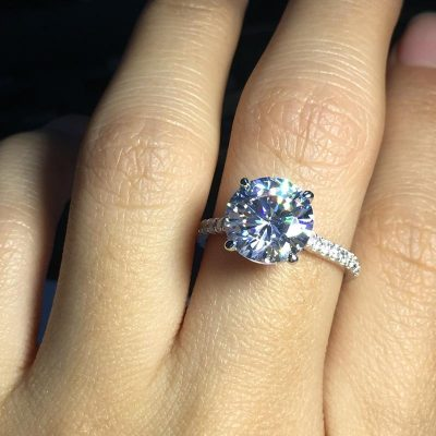 Gorgeous 1.75Ct Near White Moissanite Solitaire Engagement Ring 925 Sterling Silver