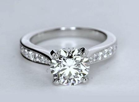 Solitaire 1.35Ct Round Cut Moissanite Classic Engagement Ring 925 Sterling Silver