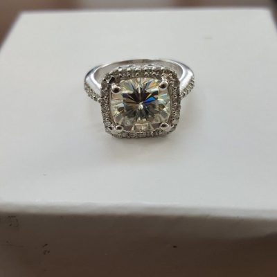 Unique 1.40Ct Brilliant Round Moissanite Halo Engagement Wedding Ring 925 Sterling Silver