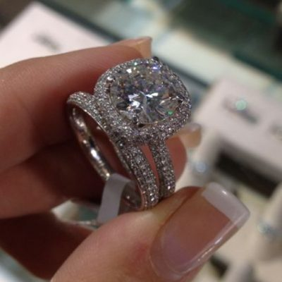 Gorgeous Round Cut Pave Diamond Engagement Ring 925 Sterling Silver