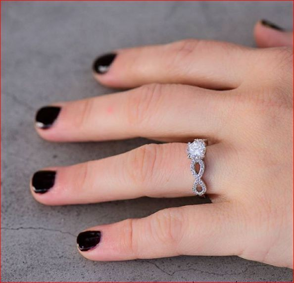 Certified 1.75Ct White Moissanite Twisted Engagement & Promise Ring Solid 14K White Gold
