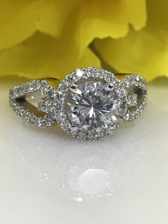 Huge 2.Ct Near White Moissanite Bridal Wedding Engagement Ring 925 Sterling Silver