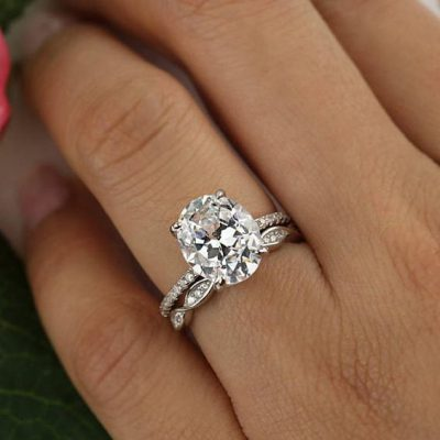 1.95Ct Oval Cut Diamond Solitaire Luxury Bridal Wedding Ring Set 925 Sterling Silver