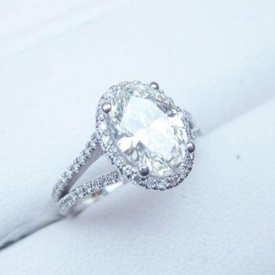 2.30Ct Oval Cut VVS1 Diamond Split Shank Wedding Engagement Ring 925 Sterling Silver
