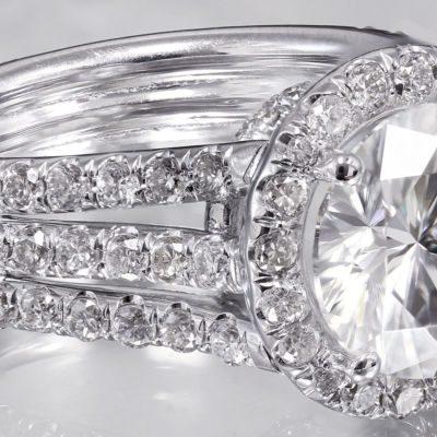 Unique 1.75Ct Excellent Cut Moissanite Triple Shank Engagement Ring 925 Sterling Silver