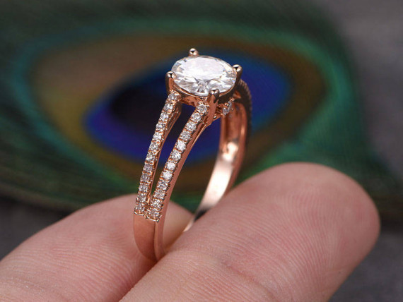 1.54Ct Round Cut Moissanite Diamond Split Shank Engagement Ring Solid 14k Rose Gold