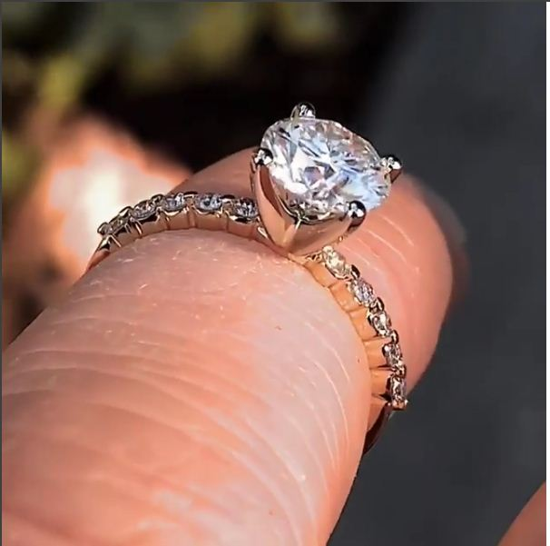 1.65Ct Real Round Moissanite & Side Stone Engagement Wedding Ring Solid 14k Yellow Gold