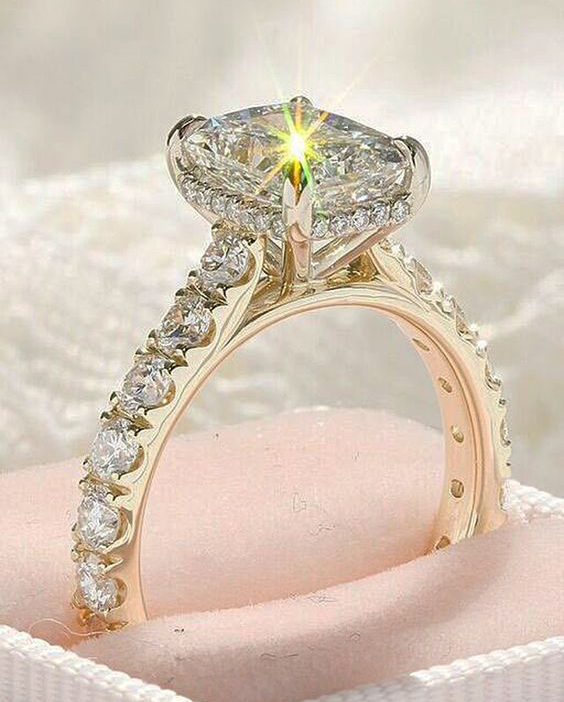Unique 2.25Ct Real Round White Moissanite Engagement Bridal Ring Solid 14k Yellow Gold