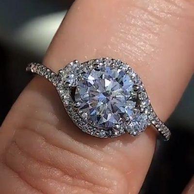 2.Ct Round Cut VVS1 Moissanite Diamond Side Stone Engagement Wedding Ring 14k White Gold