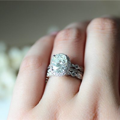 1.85Ct Oval Cut Diamond Halo Luxury Bridal Engagement & Wedding 3 Pieces Ring 925 Sterling Silver