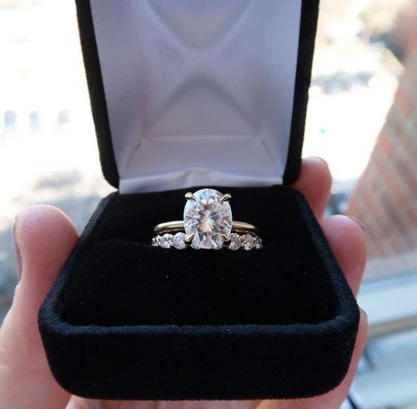 Forever 235ct Oval Cut Solitaire Diamond Luxury Engagement Wedding Ring Set 925 Sterling Silver