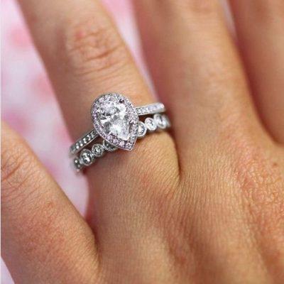 2.10Ct Pear Cut D/VVS1 Diamond Bridal Set Engagement Ring 925 Sterling Silver