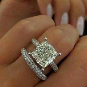 2.40Ct Brilliant Cushion Diamond Wedding Band Set & Engagement Ring In 14k White Gold