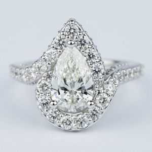2.90Ct Pear Cut Diamond Fancy Solitaire Halo Wedding Engagement Ring In    14k White Gold