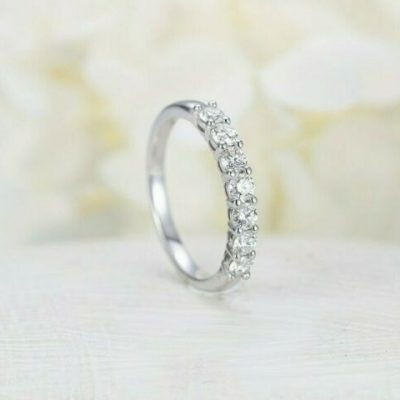 0.60 Ctw Near White 7-Stone Round Moissanite Anniversary Wedding Band Ring 14k Gold Over