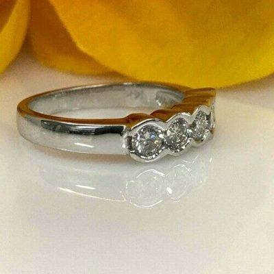 Half Bezel 1.60 Ctw Unique Round 5-Stone Moissanite Engagement Ring 14k White Gold