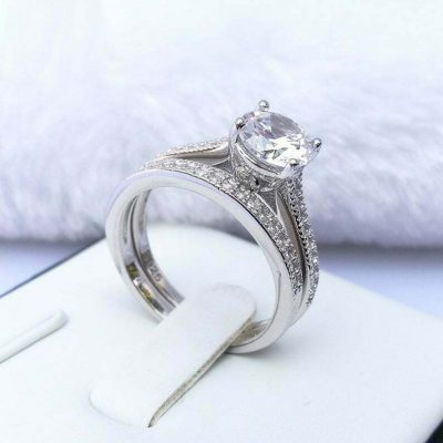 1.30 Carat Round Cut VVS1 Moissanite Engagement Ring Bridal Set In 14k Gold Plated