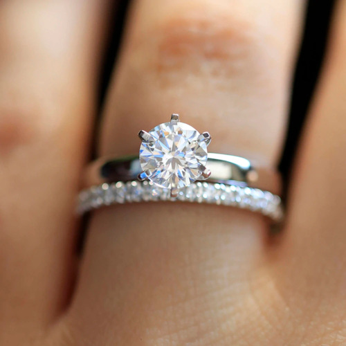 1.30 CT Round Cut Moissanite Solitaire Wedding Gift Ring Set 925 Sterling Silver
