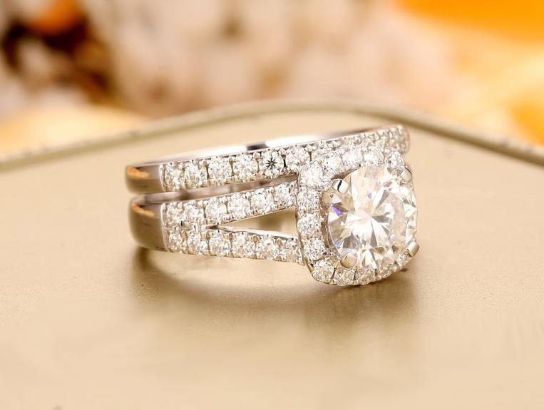 1.70 CT Round Cut Diamond Split Shank Halo Wedding Ring Set 14K White Gold