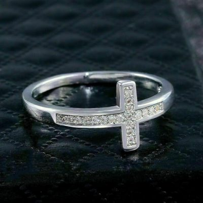 0.33 Ct Round Cut Moissanite Crossed Fancy Wedding Band 14K White Gold