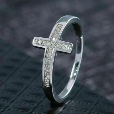 0.33 Ct Round Cut Moissanite Crossed Fancy Wedding Band 14K White Gold