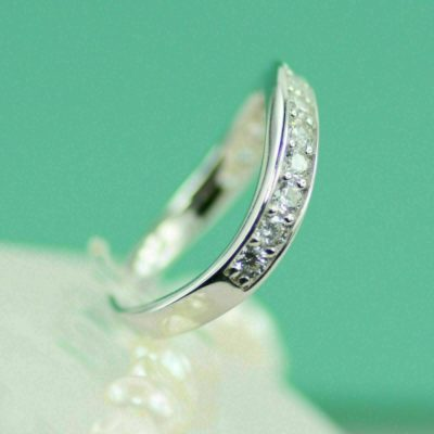 0.33 Ct Round Cut Moissanite Curve Unique Wedding Band 925 Sterling Silver