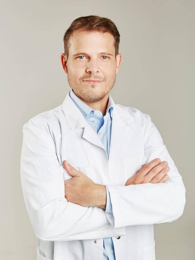 Dr. Tschager