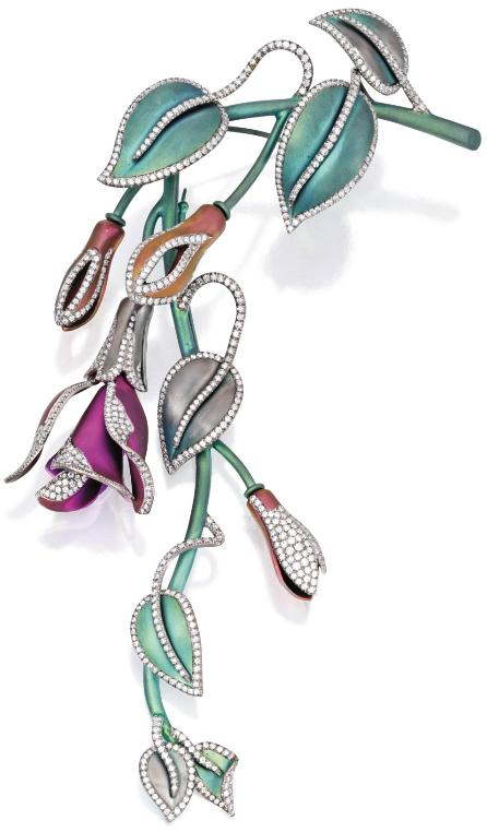 Titanium and diamond pendant-brooch by Margherita Burghener. Via Diamonds in the Library.