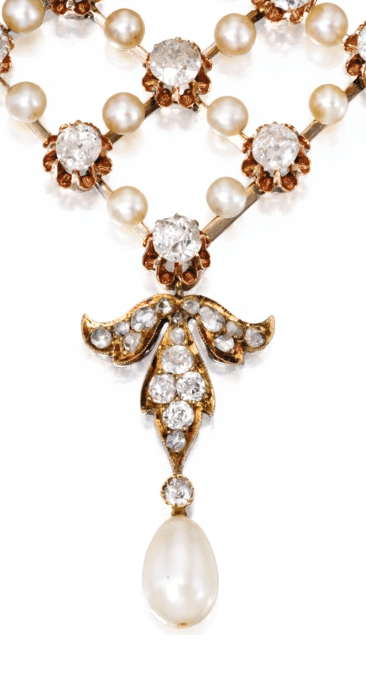 Detail; a gold, diamond and pearl necklace, circa 1900. Via Diamonds in the Library.