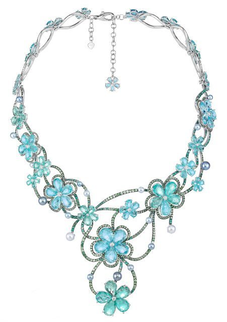 Necklace inspired by Tiana from The Princess and the Frog. From Disney and Chopard's Disney princess collection. Via Diamonds in the Library.