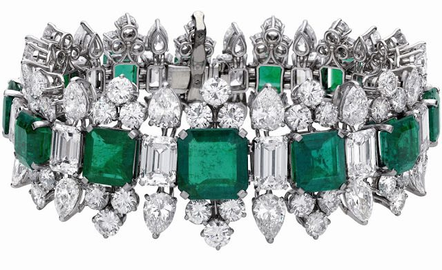 Bracelet from Elizabeth Taylor's Bulgari emerald and diamond suite, circa 1963. Via Diamonds in the Library.