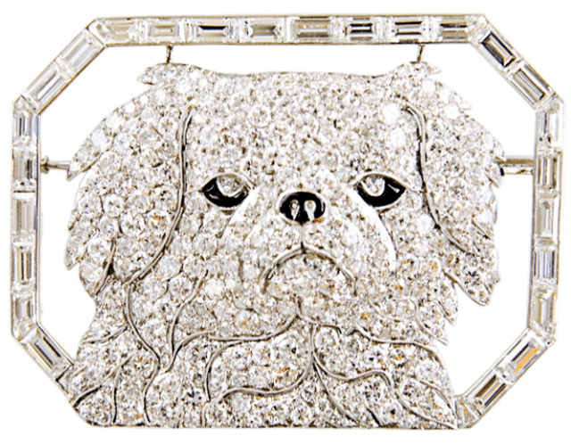 Art Deco diamond and onyx Pekingnese brooch by Janesich. Paris, circa 1925. Via Diamonds in the Library.
