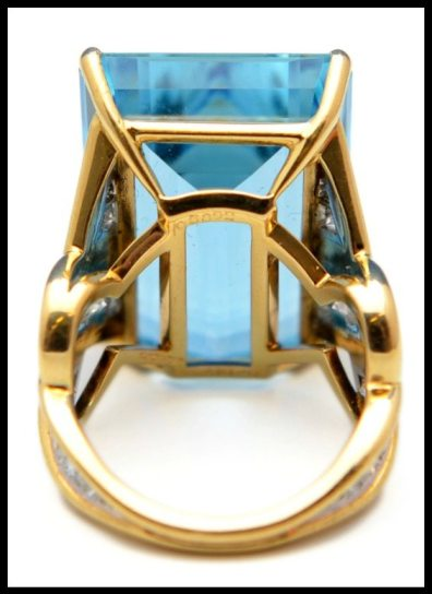 Back view: Aquamarine and diamond ring by Cartier. This piece features a 28.50 carat aquamarine and diamonds in 18k gold. Via Diamonds in the Library.