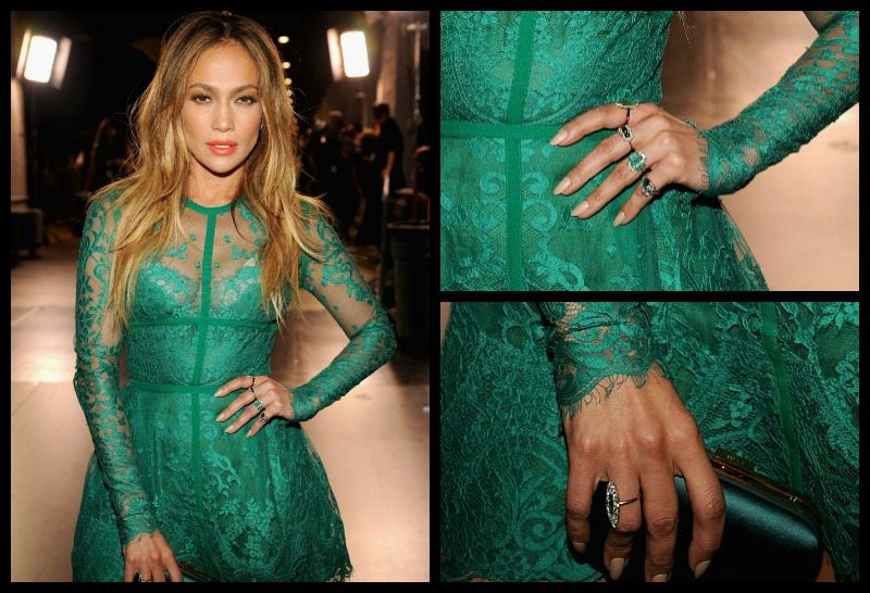 Jennifer Lopez in green lace, ornage lipstick, and emerald and diamond rings at the 2014 Teen Choice Awards