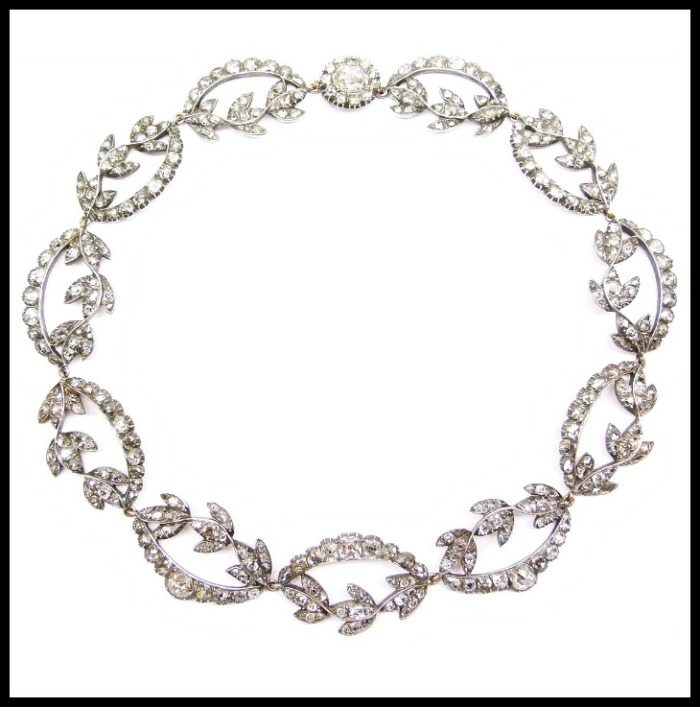 Antique diamond necklace with rose and cushion cut diamonds, circa 1770.