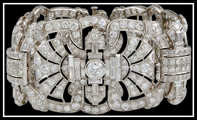 Alternate view: Antique Art Deo fan motif diamond bracelet with 45 carats of diamonds. Via Diamonds in the Library.