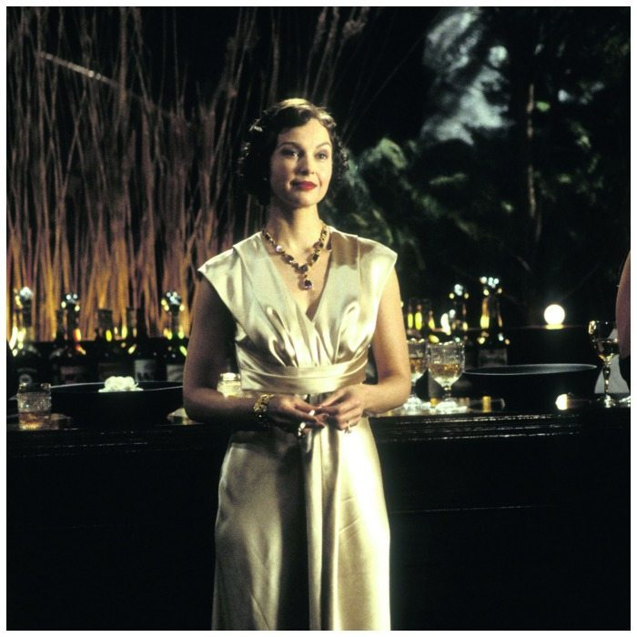 Ashley Judd wearing a gem-set necklace by Verdura on the set of De-Lovely in 2004.